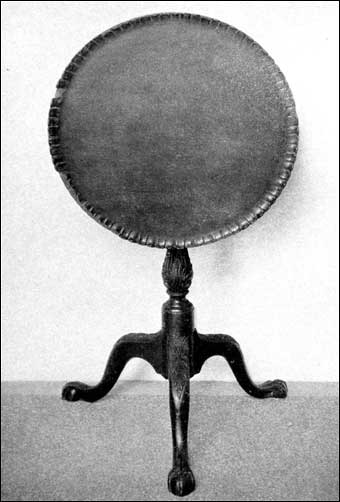 Connecticut Furniture - Cherry tilt top tripod table, carved base and legs, ball and claw feet, genuine pie crust design, ca. 1760