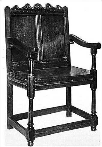 Furniture Styles - Early Jacobean armed wainscot chair<br>