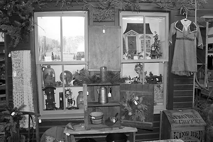 Ivy Hall Antiques: Abbottstown, PA - A window display at Ivy Hall Antiques, a scene which could have been easily set in the early 1900's