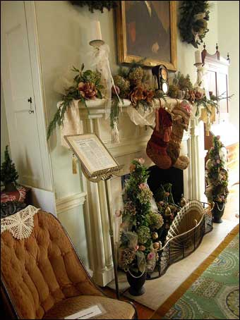 Fairmount Park - Mantle decorated for Christmas inside the Octagonal Room, North Wing, Laurel Hill