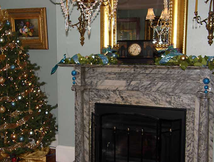 Salem, NJ Yuletide Tour - The marble fireplace at the Richard Woodnutt House